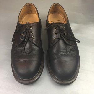 Vintage DR. Marten's brown low top loafers
